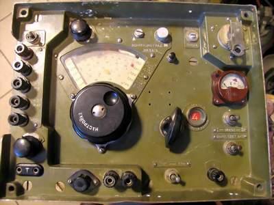 """На выходных заряжал таймер включения радиостанции, собранный...  Приемник  """"Р-311 """" ."""