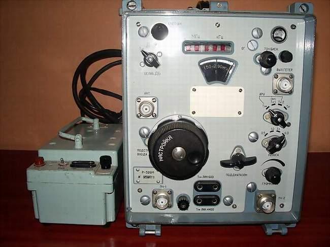Радиоприёмник р-326м imgp9578